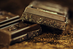 dunkle-schokolade-symbolbild